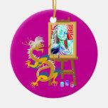 el dragón del artista pinta su retrato en el ornam ornaments para arbol de navidad