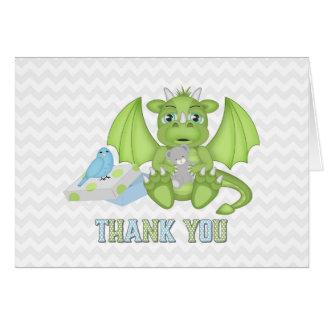 El dragón del bebé doblado le agradece cardar tarjeta pequeña