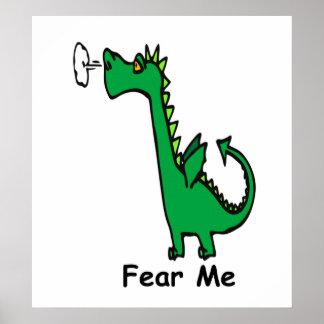 El dragón del dibujo animado me teme póster