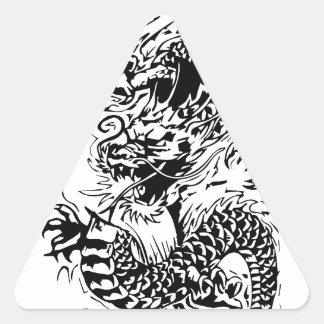El dragón negro pegatina triangular