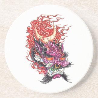 El dragón oriental fresco Deamon hace frente al pr Posavaso Para Bebida