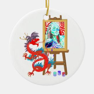 El dragón pinta su ornamento de la plantilla del adorno de navidad