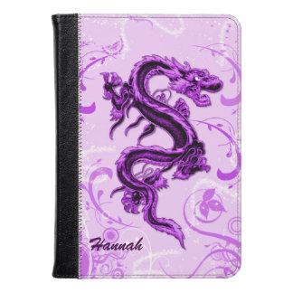 El dragón púrpura enciende el folio del fuego