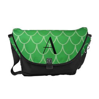 El dragón verde escala el monograma bolsas de mensajeria