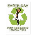 El duende Haning de la postal del Día de la Tierra