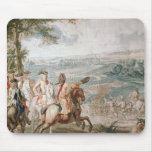 El duque de Marlborough examina a sus tropas Tapete De Ratón