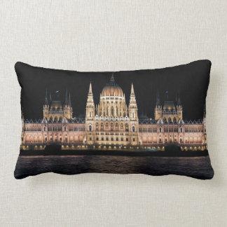 El edificio húngaro del parlamento, Budapest Cojin