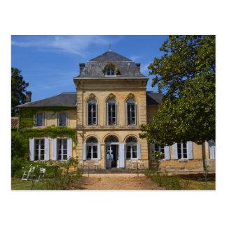 El edificio principal del castillo francés, postales
