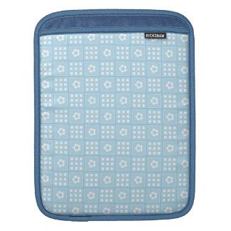 El edredón azul claro ajusta las flores y ajusta P Fundas Para iPads