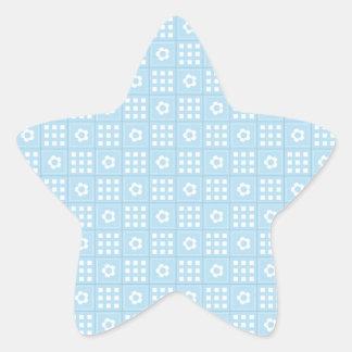 El edredón azul claro ajusta las flores y ajusta colcomanias forma de estrellaes personalizadas