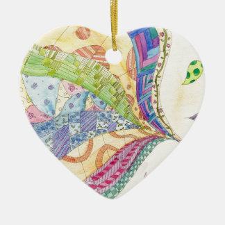 El edredón pintado adorno navideño de cerámica en forma de corazón