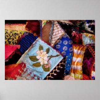 El edredón - remiendo - de la abuela de costura póster