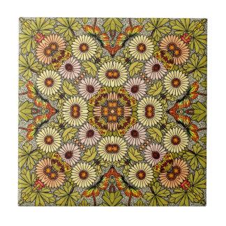 El ejemplo del vintage florece el modelo de azulejo cuadrado pequeño