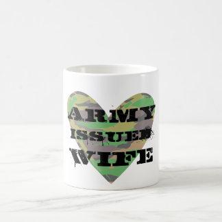 El ejército publicó a la esposa taza de café