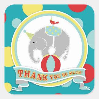 El elefante del circo le agradece etiquetar calcomanía cuadradas personalizadas