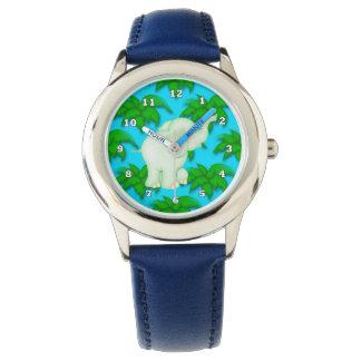 El elefante del dibujo animado embroma el reloj de
