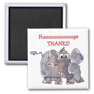 El elefante del dibujo animado le agradece imán