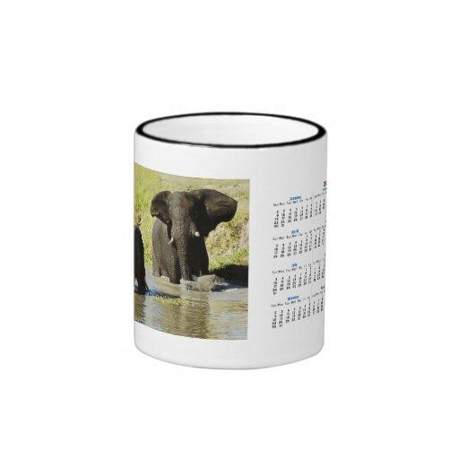 El elefante hace calendarios las tazas y las tazas