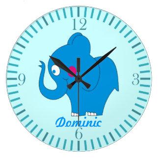 El elefante lindo del dibujo animado embroma los r relojes de pared