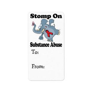 El elefante pisa fuerte en abuso de sustancia etiquetas de dirección
