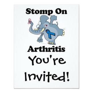 """El elefante pisa fuerte en artritis invitación 4.25"""" x 5.5"""""""