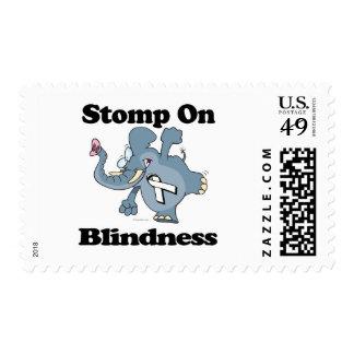 El elefante pisa fuerte en ceguera estampillas