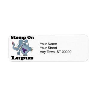 El elefante pisa fuerte en el lupus (púrpura) etiquetas de remite