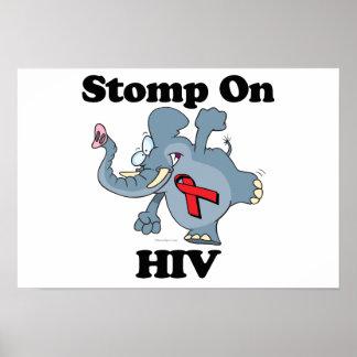 El elefante pisa fuerte en el VIH Poster