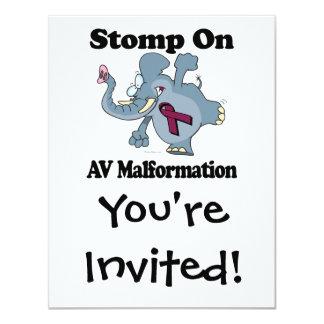 """El elefante pisa fuerte en la malformación del invitación 4.25"""" x 5.5"""""""