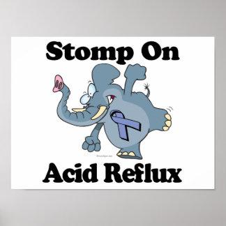 El elefante pisa fuerte en reflujo ácido poster