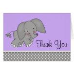 El elefante púrpura lindo le agradece las tarjetas