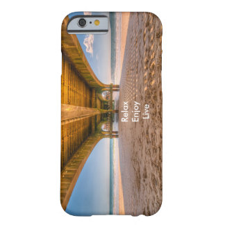 El embarcadero funda barely there iPhone 6