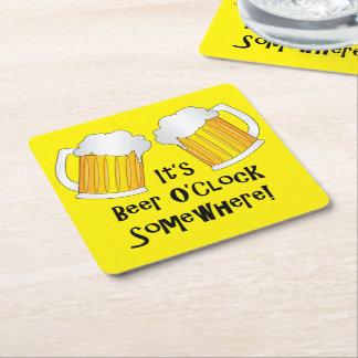El en punto Sun de la cerveza está sobre el Posavasos De Cartón Cuadrado