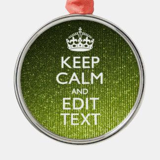 El encanto verde guarda calma su texto adorno navideño redondo de metal