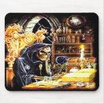 El encargado de la cripta tapete de raton