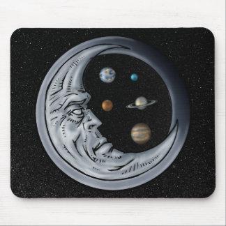 El encargado de la luna ojos del universo tapetes de ratón