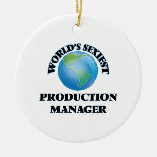 El encargado de la producción más atractivo del adorno de navidad