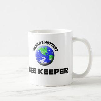 El encargado más caliente de la abeja del mundo taza básica blanca
