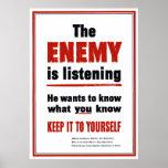 El enemigo está escuchando - guárdelo a sí mismo posters