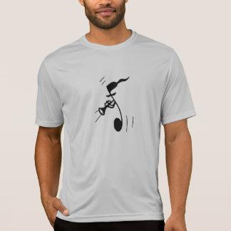 El ensayo T del buque Camiseta