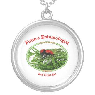 El entomólogo futuro ama insectos colgante redondo