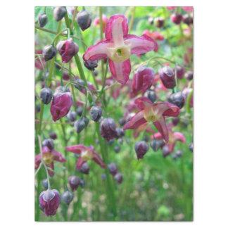 El Epimedium florece el papel seda