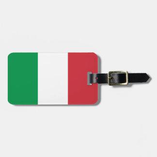 El equipaje italiano de la bandera marca con etiqu etiqueta de maleta
