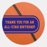 El equipo de baloncesto colorea favor de fiesta etiquetas redondas
