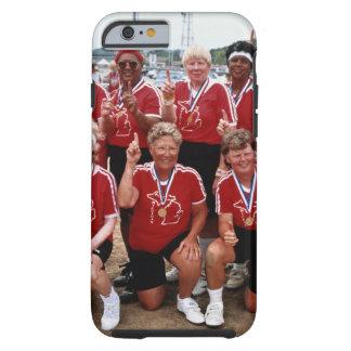 El equipo del softball es competidores en el funda de iPhone 6 tough