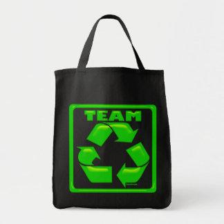 El equipo recicla bolsos bolsa