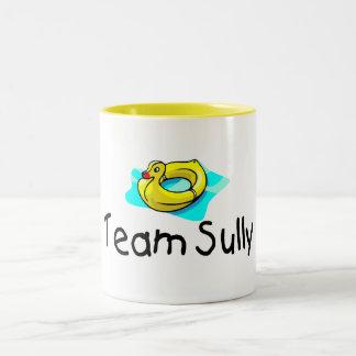 El equipo Sully el pato Taza Dos Tonos