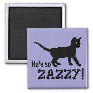 Él es tan Zazzy - amante del gato Imán Cuadrado