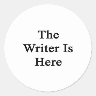 El escritor está aquí pegatina redonda