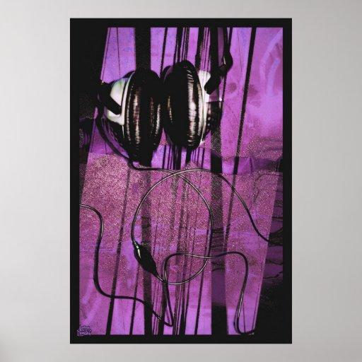 El escuchar Niebla-púrpura Póster